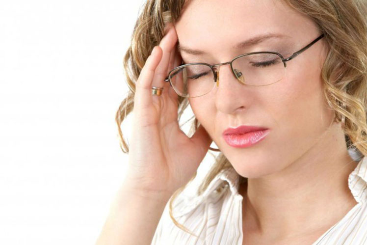 Чем снять сильную головную боль в домашних условиях