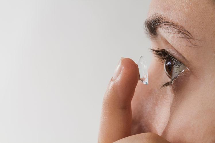 Основные заблуждения о контактных линзах